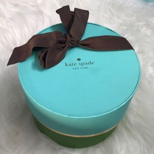 Large Kate spade round jewelry box